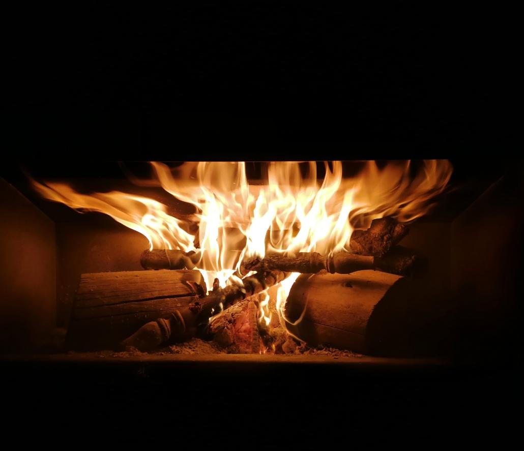 llar de foc estufa llenya